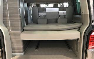 VW T6 California Innenraum Heck Kofferraum Ablage Seitenschränke