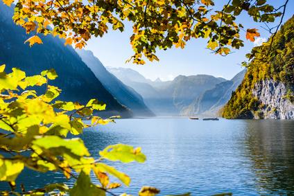 Königssee in Bayern im Herbst
