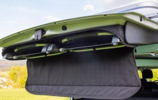 VW T6 California Beach Stühle verstaut in Heckklappe