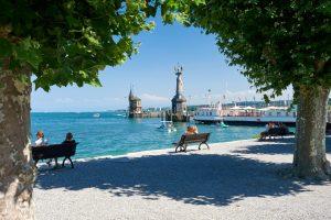 Seepromenade bei Konstanz am Bodensee