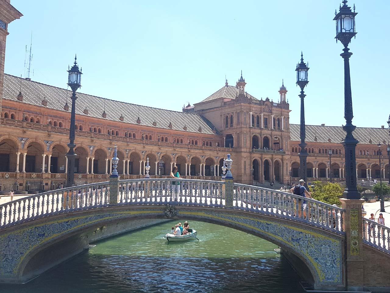 Sevilla ist eine sehenswerte Stadt