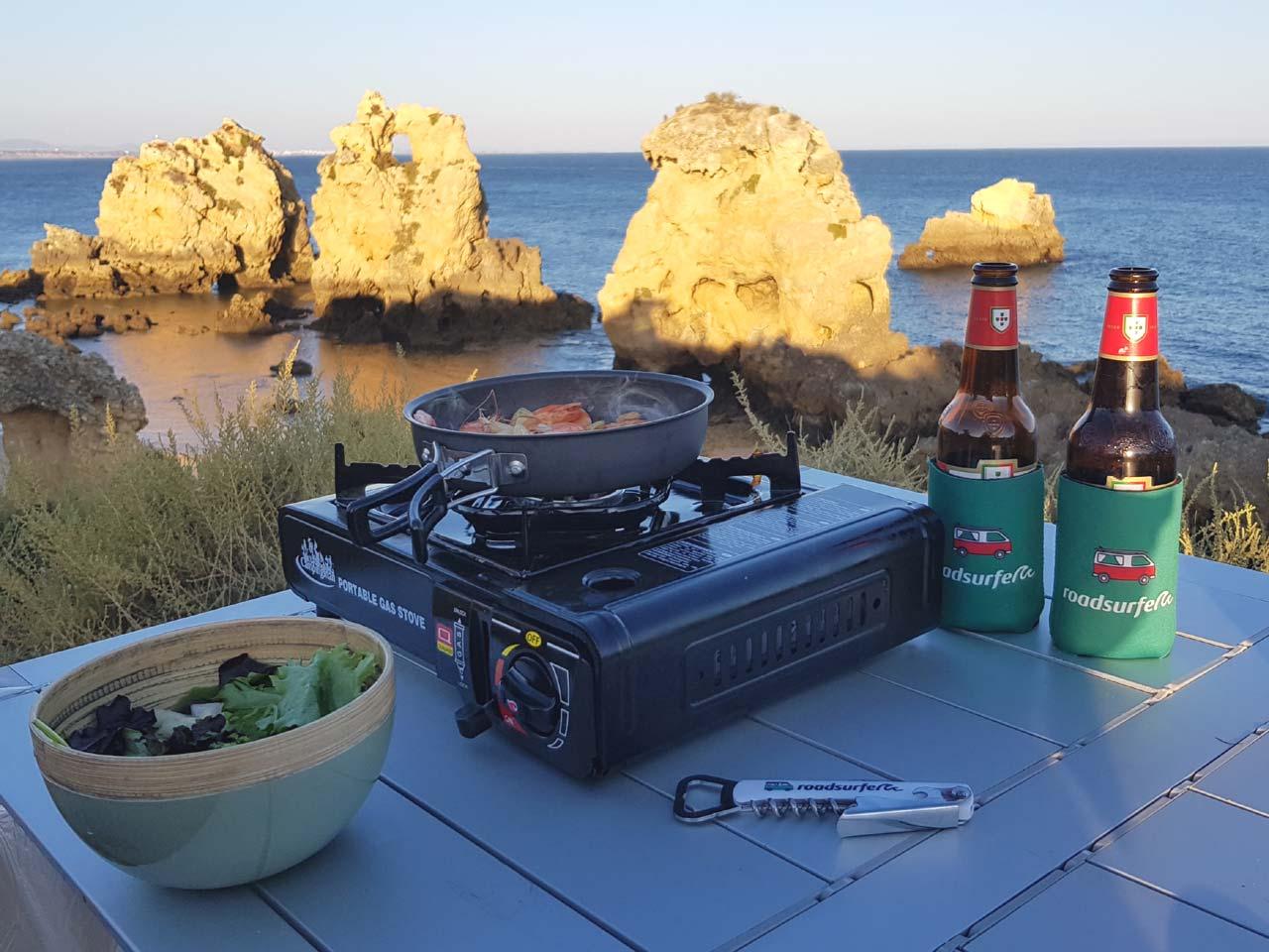 Kochen vor dieser Kulisse ist ein echtes Camping-Highlight
