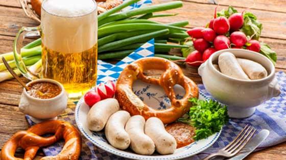 Camper mieten München Bier Brezel Weißwurst