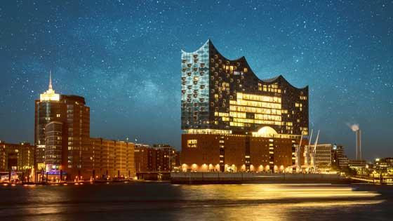 Campingbus mieten Hamburg Elbphilharmonie