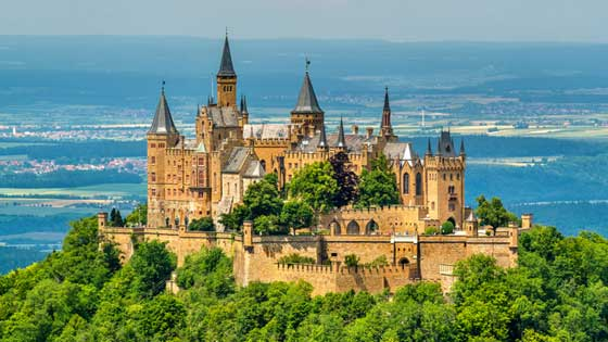 Campingbus mieten Stuttgart Burg Hohenzollern