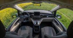 roadsurfer Travel Home Mercedes Marco Polo mieten Cockpit