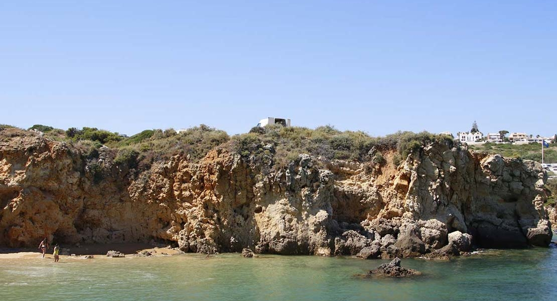 Roadtrip Portugal Stellplatz Felsen