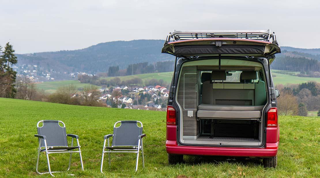 Alquilar camper apta para perros equipamiento exterior