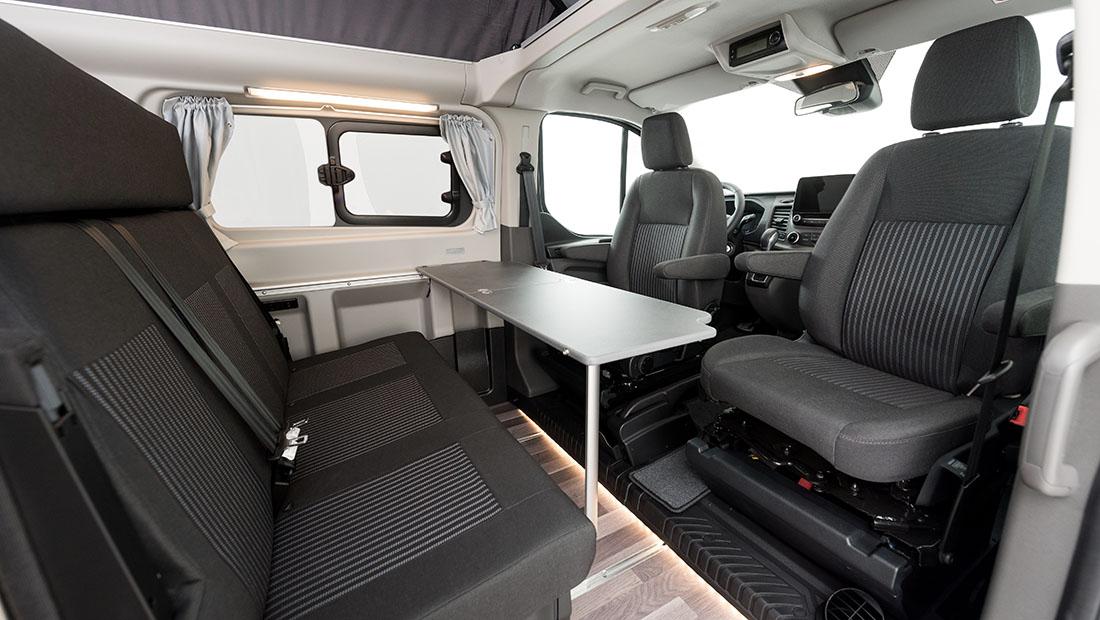 Alquilar Ford Nugget Con Techo Elevable Interior