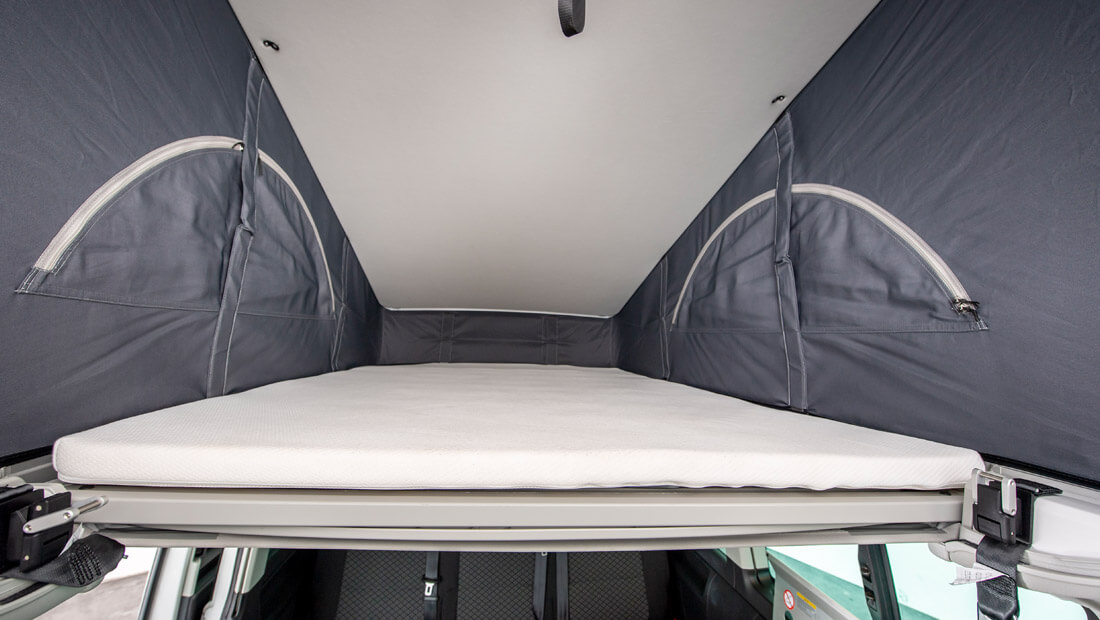 Beach Hostel Deluxe Dachbett