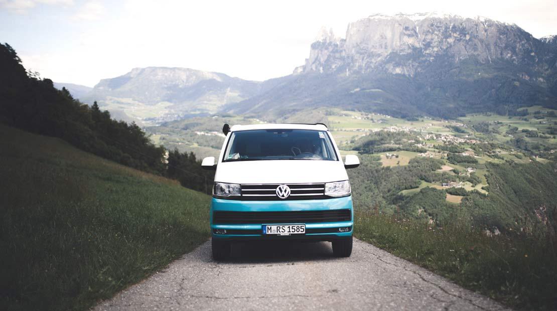 En furgo por los Alpes