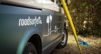 Camping surf et road trip en van roadsurfer