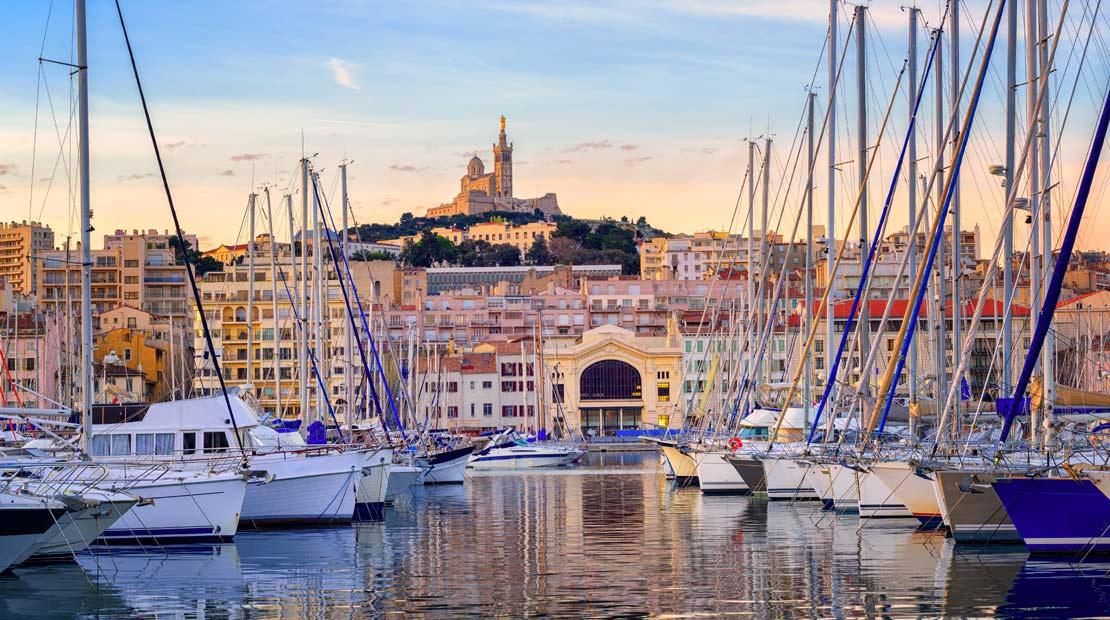Location de campervans à Aix-Marseille : visite du Vieux Port