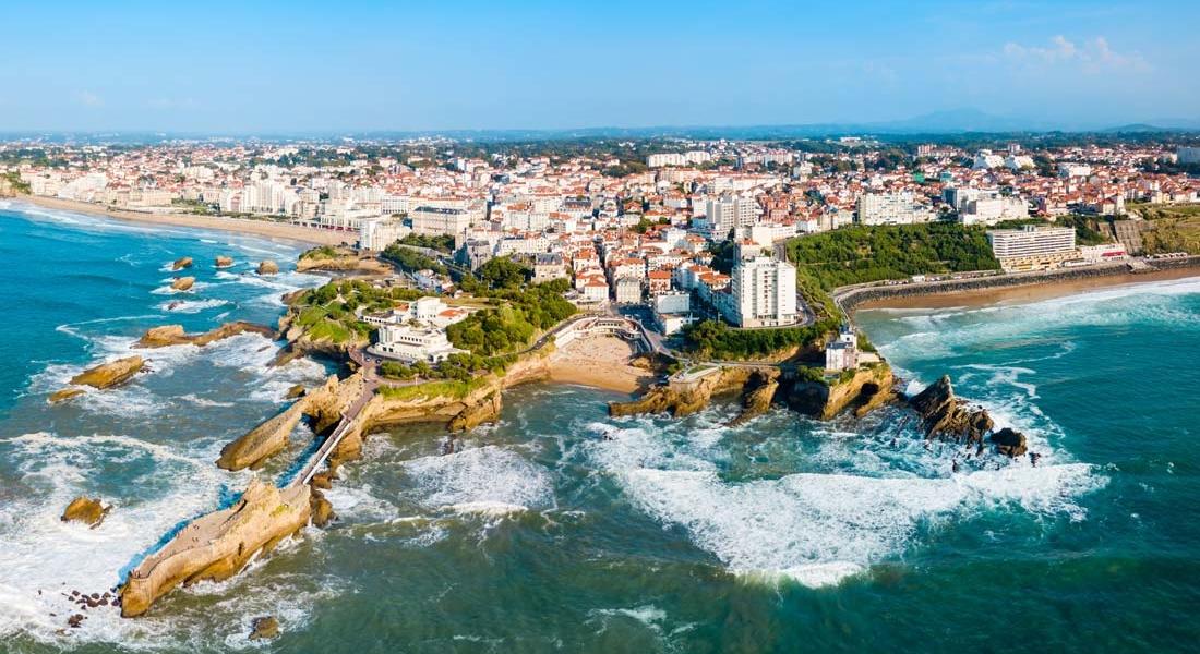 location-campervan-france-biarritz