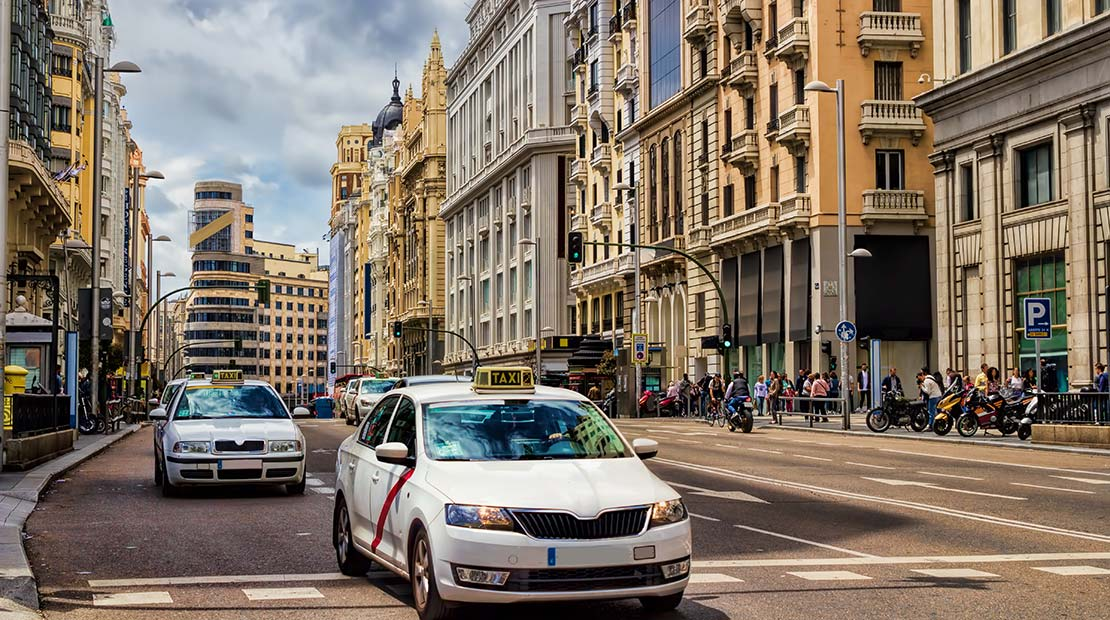 Location d'un campervan à Madrid : où se garer ?