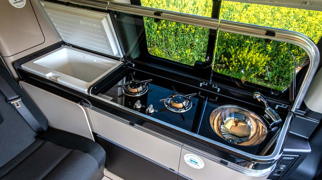 Mercedes Marco Polo kitchenette