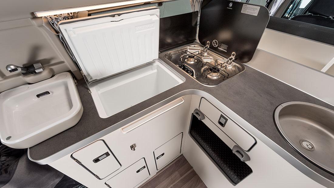 Camper Cabin Deluxe Küche