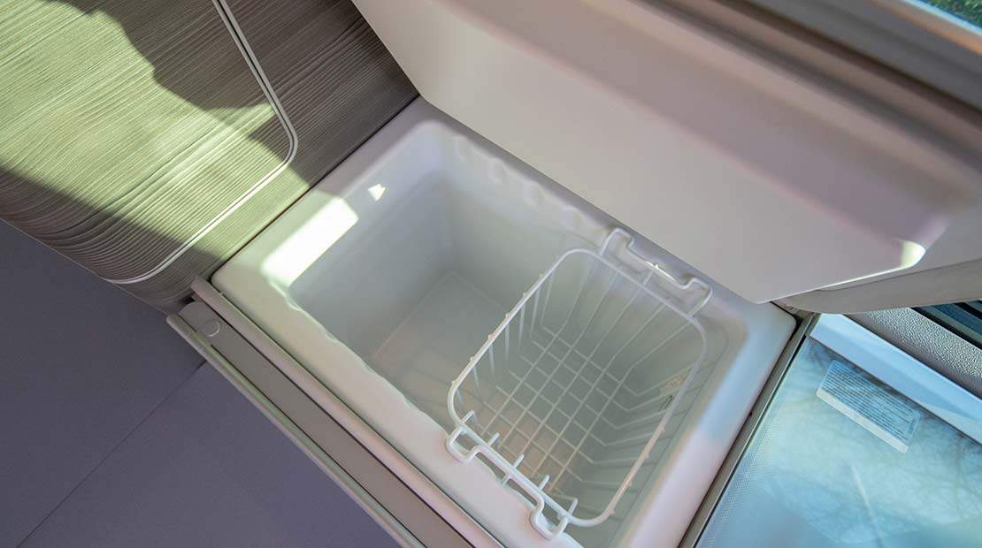 roadsurfer dog suite fridge