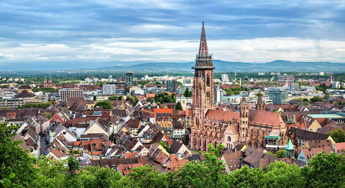 Oficinas de roadsurfer: Friburgo-Basilea
