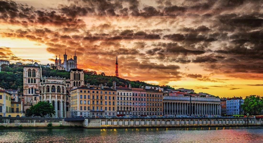 Oficinas de roadsurfer: Lyon